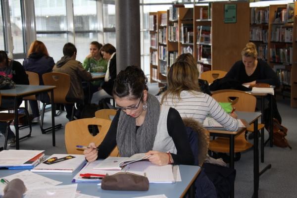 le centre de documentation et d'information